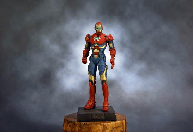 iron patrior custom figurine